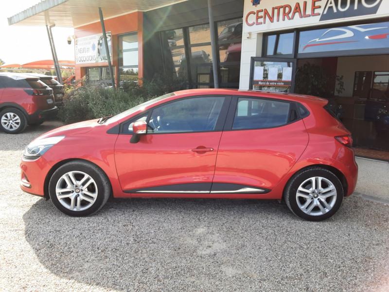 Photo 20 de l'offre de RENAULT CLIO TCe 90 E6C Business à 11490€ chez Centrale Auto Marché Mussidan