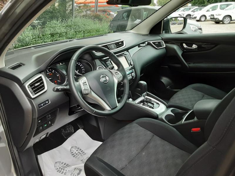 Photo 8 de l'offre de NISSAN QASHQAI 1.6 dCi 130 Xtronic N-Connecta à 16990€ chez Centrale Auto Marché Mussidan