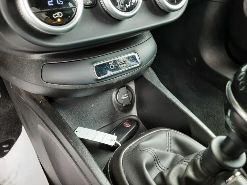 Photo 20 de l'offre de FIAT 500X 1.6 MultiJet 120 ch S-Design à 15490€ chez Centrale Auto Marché Mussidan