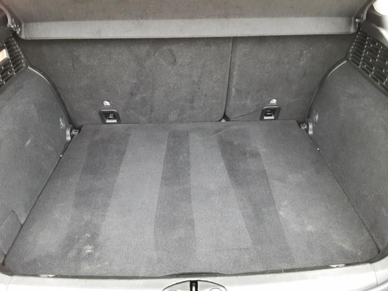 Photo 36 de l'offre de FIAT 500X 1.6 MultiJet 120 ch S-Design à 15490€ chez Centrale Auto Marché Mussidan