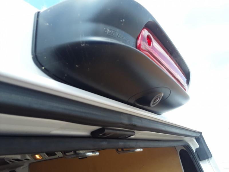 Photo 47 de l'offre de FIAT DUCATO TOLE 3.0 C H2 2.0 MJT 115 EURO 6 PACK PRO NAV à 19490€ chez Centrale Auto Marché Mussidan