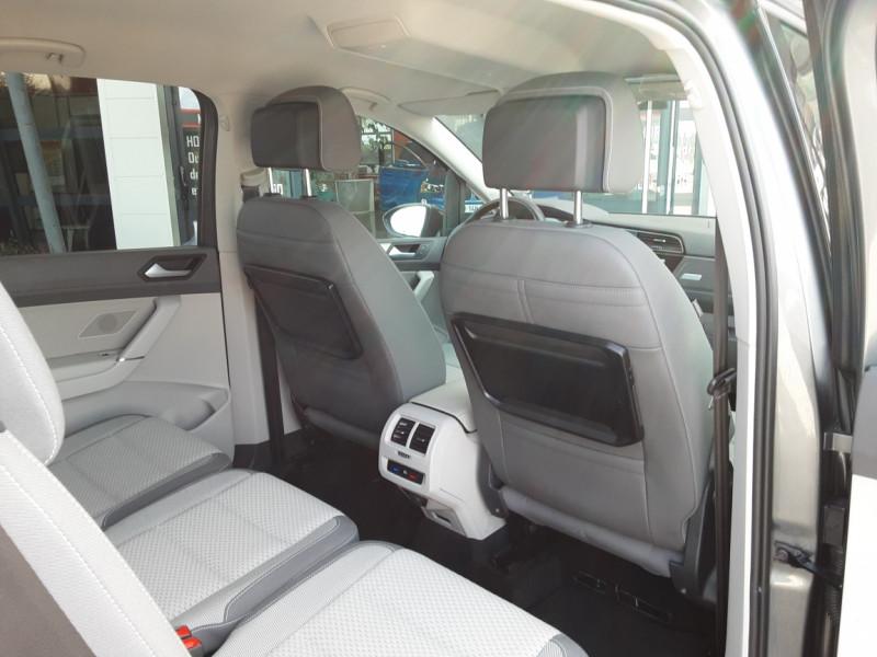 Photo 40 de l'offre de VOLKSWAGEN TOURAN 1.6 TDI 115CH DSG7 Confortline Business 7places à 20490€ chez Centrale Auto Marché Mussidan