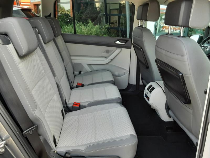 Photo 13 de l'offre de VOLKSWAGEN TOURAN 1.6 TDI 115CH DSG7 Confortline Business 7places à 20490€ chez Centrale Auto Marché Mussidan