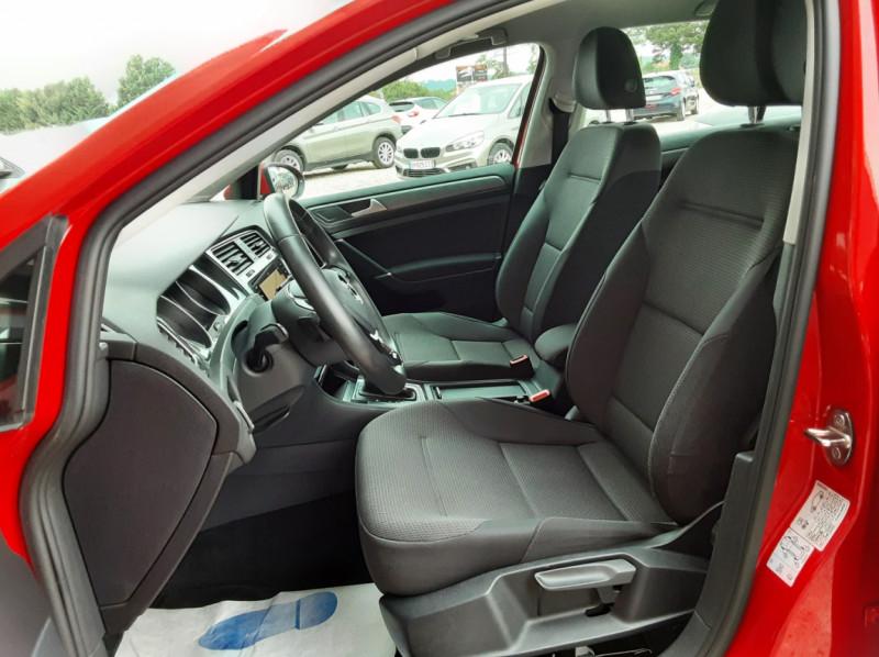 Photo 23 de l'offre de VOLKSWAGEN GOLF 2.0 TDI 150 BMT DSG7 Confortline à 20500€ chez Centrale Auto Marché Mussidan
