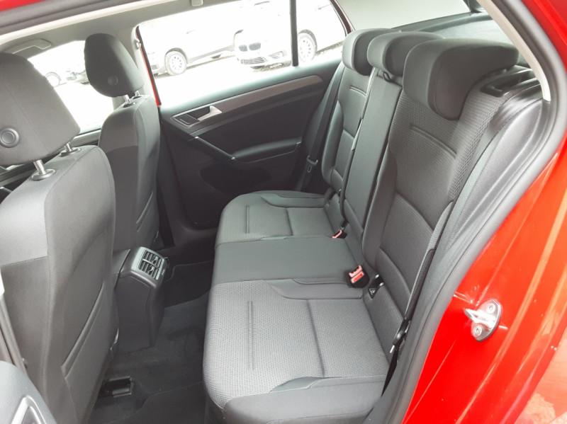 Photo 24 de l'offre de VOLKSWAGEN GOLF 2.0 TDI 150 BMT DSG7 Confortline à 20500€ chez Centrale Auto Marché Mussidan