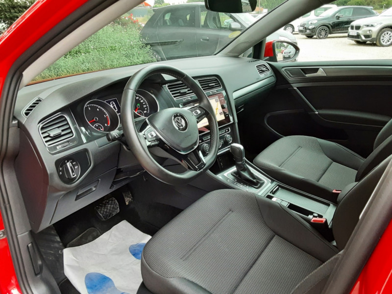Photo 20 de l'offre de VOLKSWAGEN GOLF 2.0 TDI 150 BMT DSG7 Confortline à 20500€ chez Centrale Auto Marché Mussidan