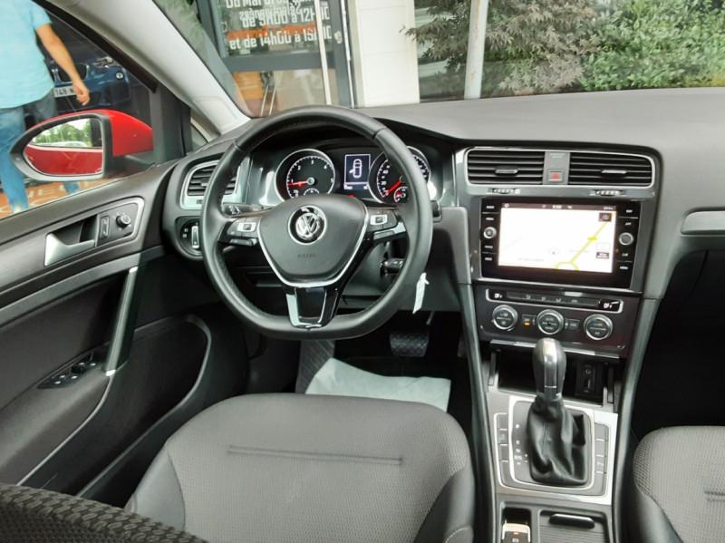 Photo 35 de l'offre de VOLKSWAGEN GOLF 2.0 TDI 150 BMT DSG7 Confortline à 20500€ chez Centrale Auto Marché Mussidan