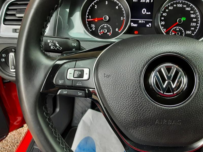 Photo 41 de l'offre de VOLKSWAGEN GOLF 2.0 TDI 150 BMT DSG7 Confortline à 20500€ chez Centrale Auto Marché Mussidan