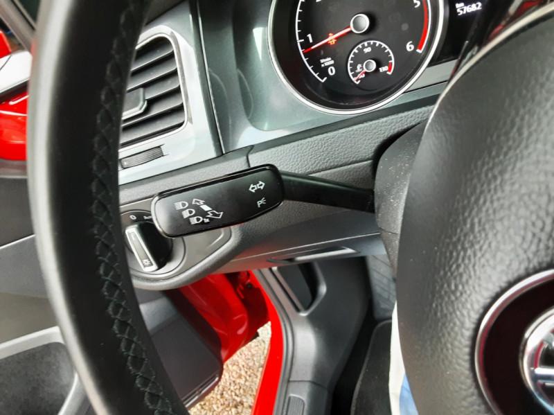 Photo 44 de l'offre de VOLKSWAGEN GOLF 2.0 TDI 150 BMT DSG7 Confortline à 20500€ chez Centrale Auto Marché Mussidan