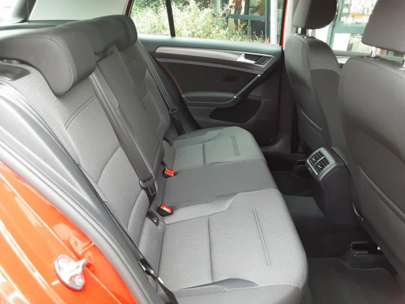 Photo 34 de l'offre de VOLKSWAGEN GOLF 2.0 TDI 150 BMT DSG7 Confortline à 20500€ chez Centrale Auto Marché Mussidan