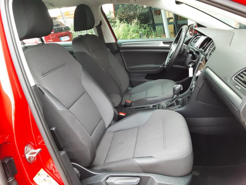 Photo 26 de l'offre de VOLKSWAGEN GOLF 2.0 TDI 150 BMT DSG7 Confortline à 20500€ chez Centrale Auto Marché Mussidan