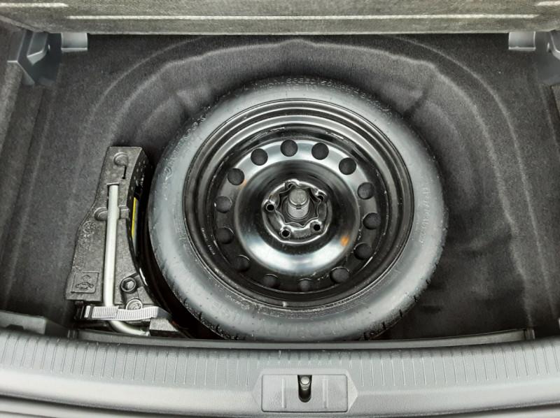 Photo 19 de l'offre de VOLKSWAGEN GOLF 2.0 TDI 150 BMT DSG7 Confortline à 20500€ chez Centrale Auto Marché Mussidan