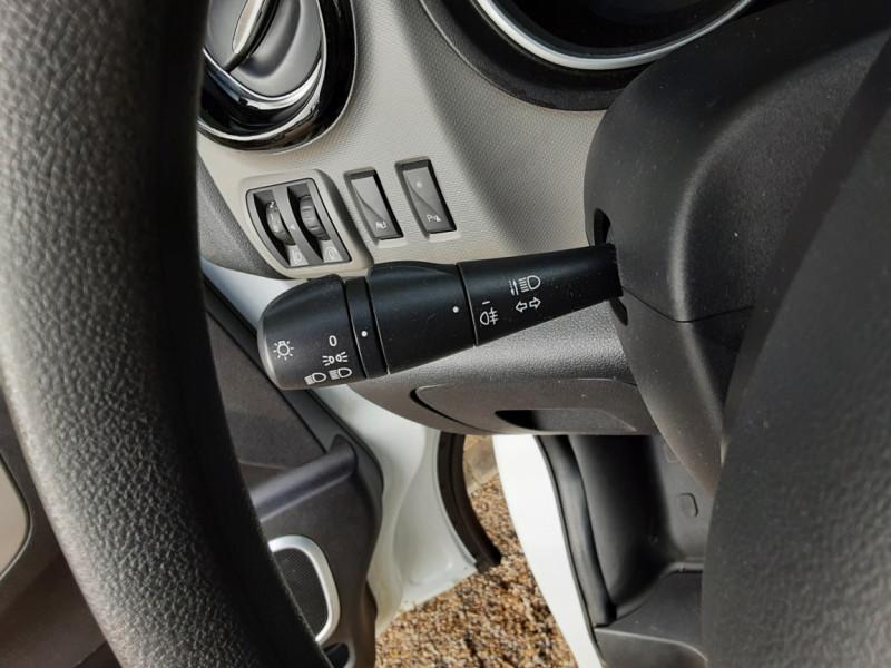 Photo 42 de l'offre de RENAULT TRAFIC CA L1H1 1000 KG DCI 120 E6 GRAND CONFORT  à 16900€ chez Centrale Auto Marché Mussidan