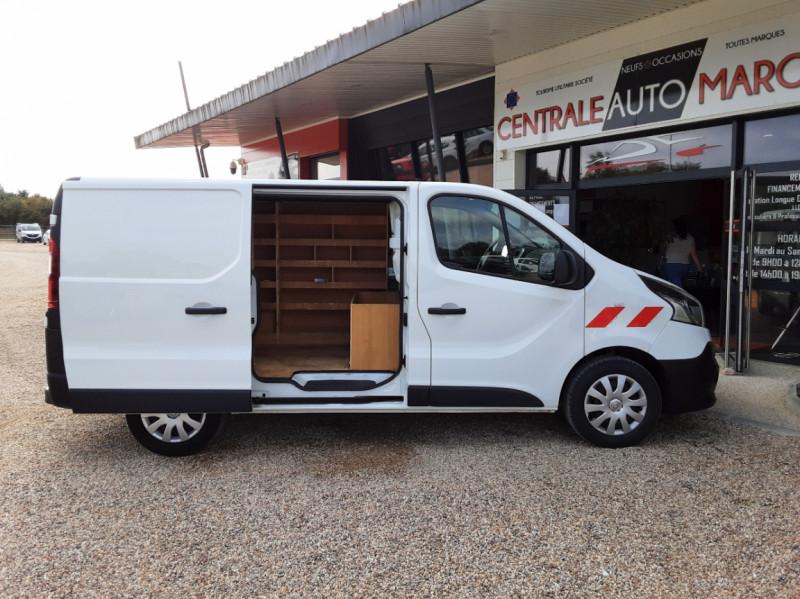 Photo 19 de l'offre de RENAULT TRAFIC CA L1H1 1000 KG DCI 120 E6 GRAND CONFORT  à 16900€ chez Centrale Auto Marché Mussidan