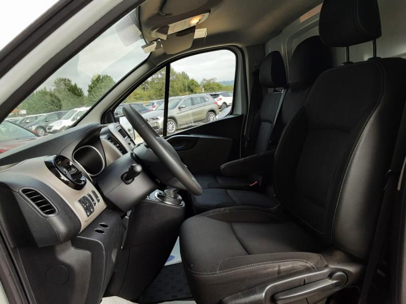 Photo 32 de l'offre de RENAULT TRAFIC CA L1H1 1000 KG DCI 120 E6 GRAND CONFORT  à 16900€ chez Centrale Auto Marché Mussidan