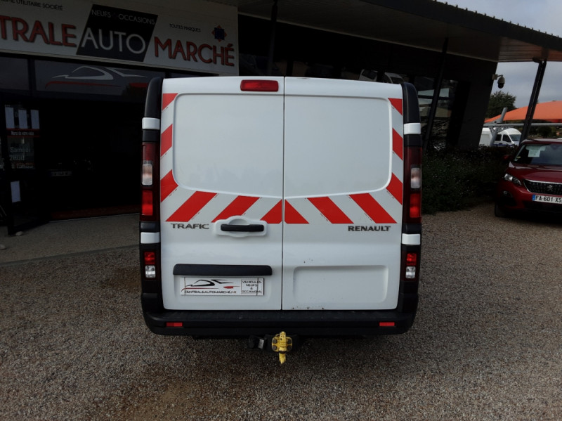 Photo 23 de l'offre de RENAULT TRAFIC CA L1H1 1000 KG DCI 120 E6 GRAND CONFORT  à 16900€ chez Centrale Auto Marché Mussidan