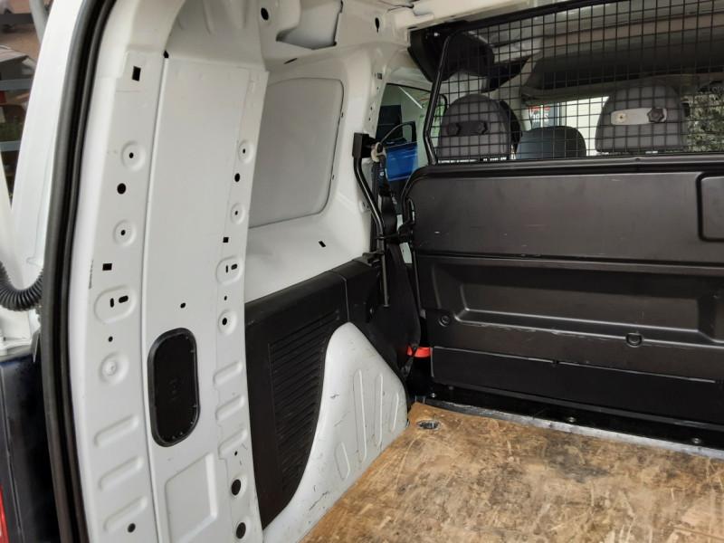 Photo 5 de l'offre de PEUGEOT PARTNER CABINE APPROFONDIE L2 1.6 HDI 90CH BVM5  à 13990€ chez Centrale Auto Marché Mussidan