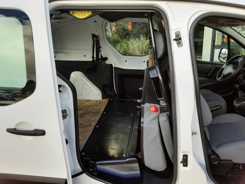 Photo 11 de l'offre de PEUGEOT PARTNER CABINE APPROFONDIE L2 1.6 HDI 90CH BVM5  à 13990€ chez Centrale Auto Marché Mussidan