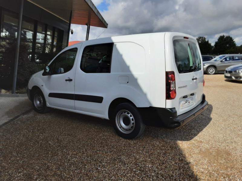 Photo 8 de l'offre de PEUGEOT PARTNER CABINE APPROFONDIE L2 1.6 HDI 90CH BVM5  à 13990€ chez Centrale Auto Marché Mussidan