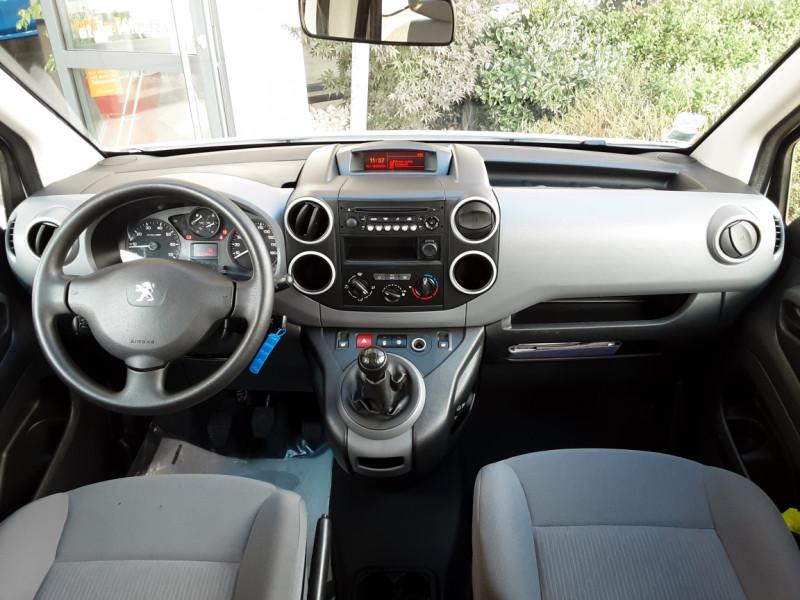 Photo 42 de l'offre de PEUGEOT PARTNER CABINE APPROFONDIE L2 1.6 HDI 90CH BVM5  à 13990€ chez Centrale Auto Marché Mussidan