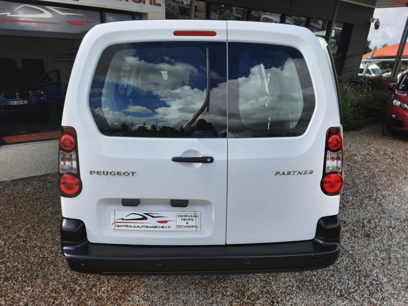 Photo 7 de l'offre de PEUGEOT PARTNER CABINE APPROFONDIE L2 1.6 HDI 90CH BVM5  à 13990€ chez Centrale Auto Marché Mussidan