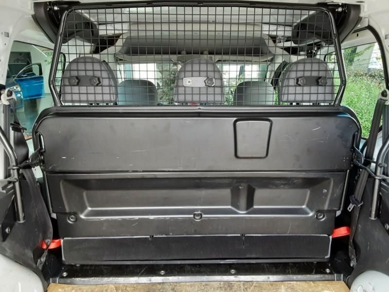 Photo 9 de l'offre de PEUGEOT PARTNER CABINE APPROFONDIE L2 1.6 HDI 90CH BVM5  à 13990€ chez Centrale Auto Marché Mussidan
