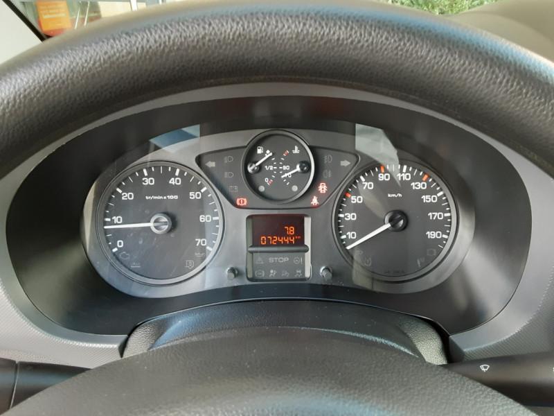 Photo 17 de l'offre de PEUGEOT PARTNER CABINE APPROFONDIE L2 1.6 HDI 90CH BVM5  à 13990€ chez Centrale Auto Marché Mussidan