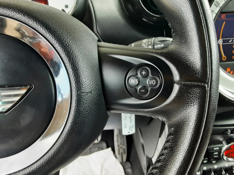 Photo 42 de l'offre de MINI COUNTRYMAN Mini Countryman 184 ch ALL4 Cooper S Pack Red Hot  à 13990€ chez Centrale Auto Marché Mussidan