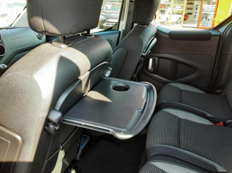 Photo 11 de l'offre de PEUGEOT PARTNER Tepee 1.6 BlueHDi 100ch SetS BVM5 Outdoor à 14990€ chez Centrale Auto Marché Mussidan