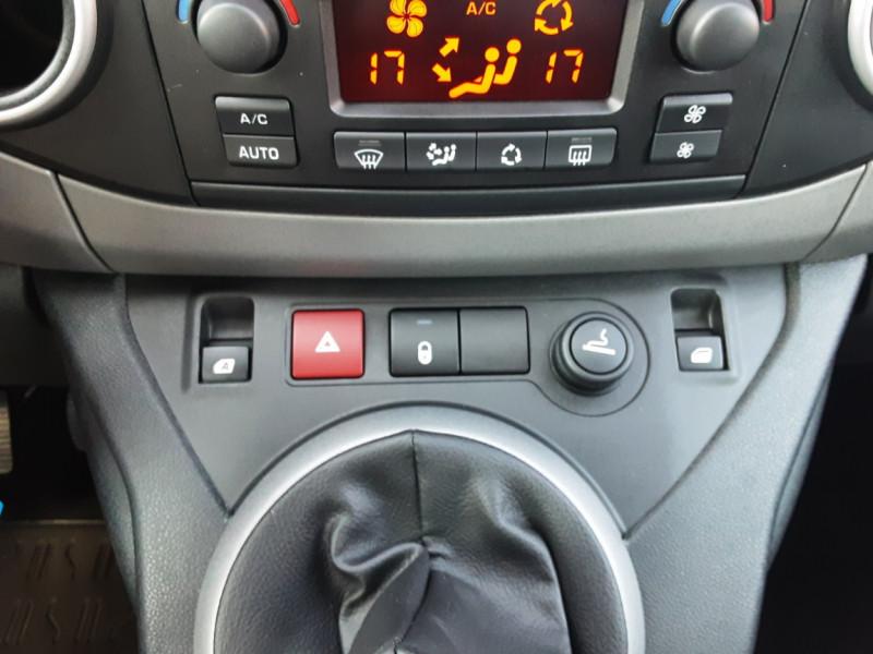 Photo 25 de l'offre de PEUGEOT PARTNER Tepee 1.6 BlueHDi 100ch SetS BVM5 Outdoor à 14990€ chez Centrale Auto Marché Mussidan