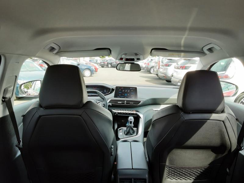 Photo 12 de l'offre de PEUGEOT 3008 1.6 BlueHDi 120ch SetS BVM6 Allure à 20500€ chez Centrale Auto Marché Mussidan