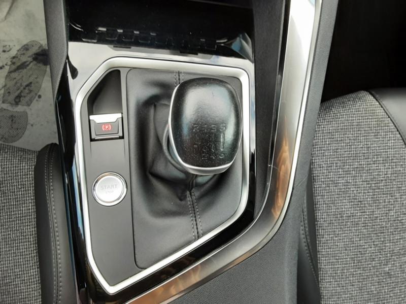 Photo 38 de l'offre de PEUGEOT 3008 1.6 BlueHDi 120ch SetS BVM6 Allure à 20500€ chez Centrale Auto Marché Mussidan
