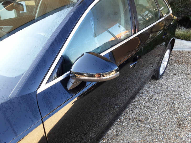 Photo 3 de l'offre de AUDI A4 Avant 2.0 TDI 150 Business Line à 20990€ chez Centrale Auto Marché Mussidan