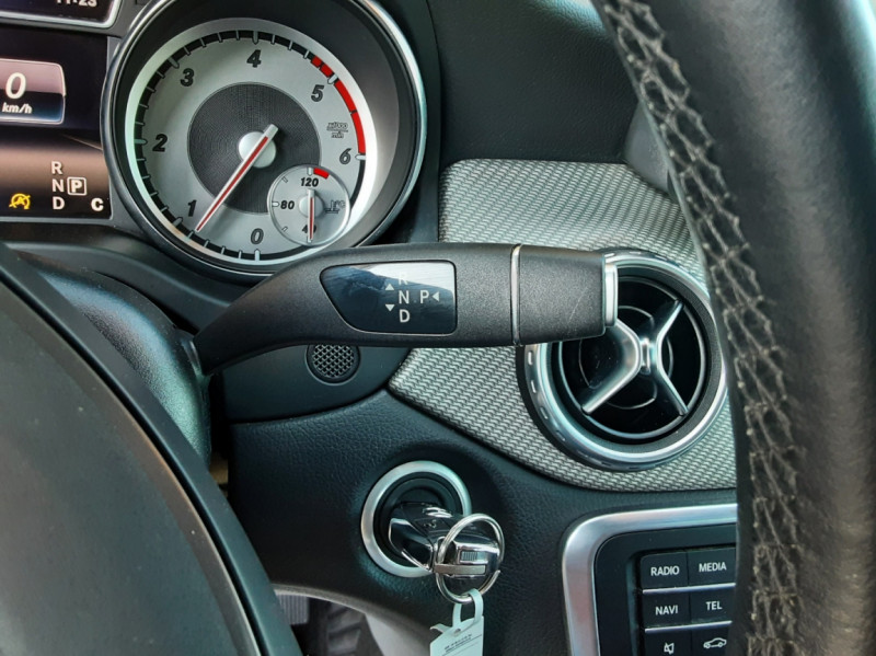 Photo 45 de l'offre de MERCEDES-BENZ CLASSE GLA 200 d Inspiration 7-G DCT A à 21800€ chez Centrale Auto Marché Mussidan