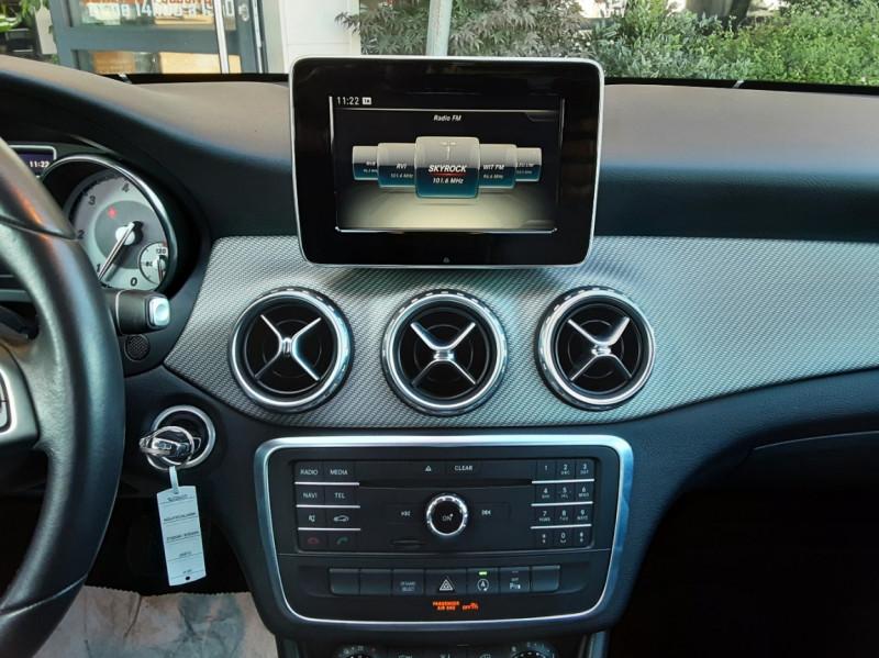 Photo 37 de l'offre de MERCEDES-BENZ CLASSE GLA 200 d Inspiration 7-G DCT A à 21800€ chez Centrale Auto Marché Mussidan