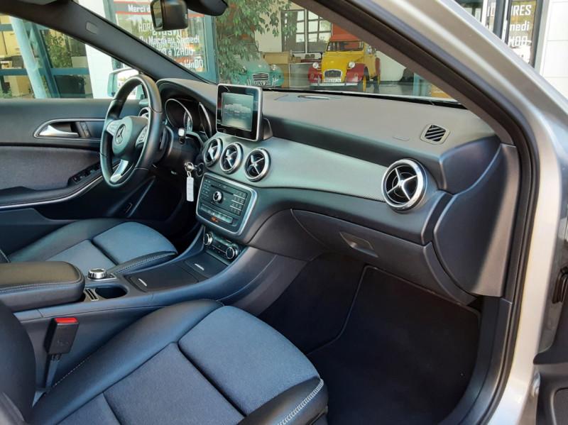 Photo 29 de l'offre de MERCEDES-BENZ CLASSE GLA 200 d Inspiration 7-G DCT A à 21800€ chez Centrale Auto Marché Mussidan