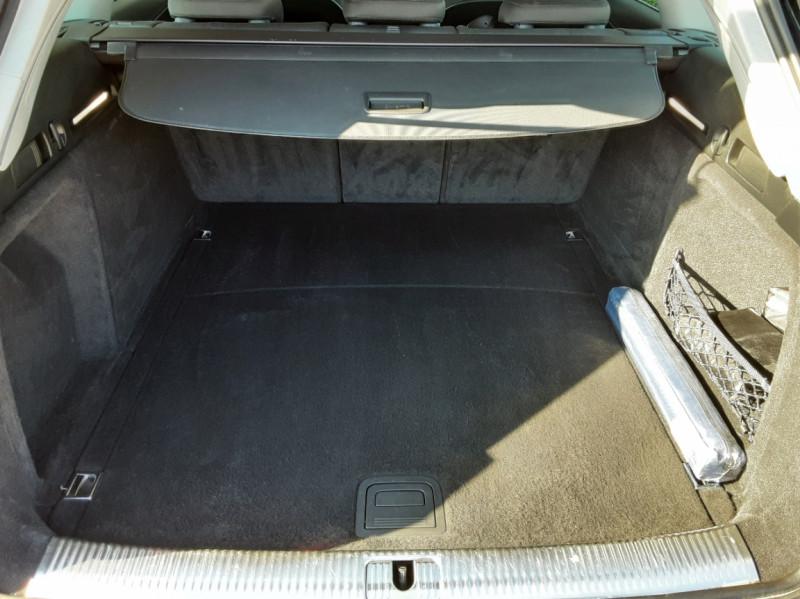 Photo 12 de l'offre de AUDI A4 Avant 2.0 TDI 150 Business Line à 20990€ chez Centrale Auto Marché Mussidan