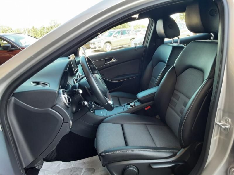 Photo 20 de l'offre de MERCEDES-BENZ CLASSE GLA 200 d Inspiration 7-G DCT A à 21800€ chez Centrale Auto Marché Mussidan