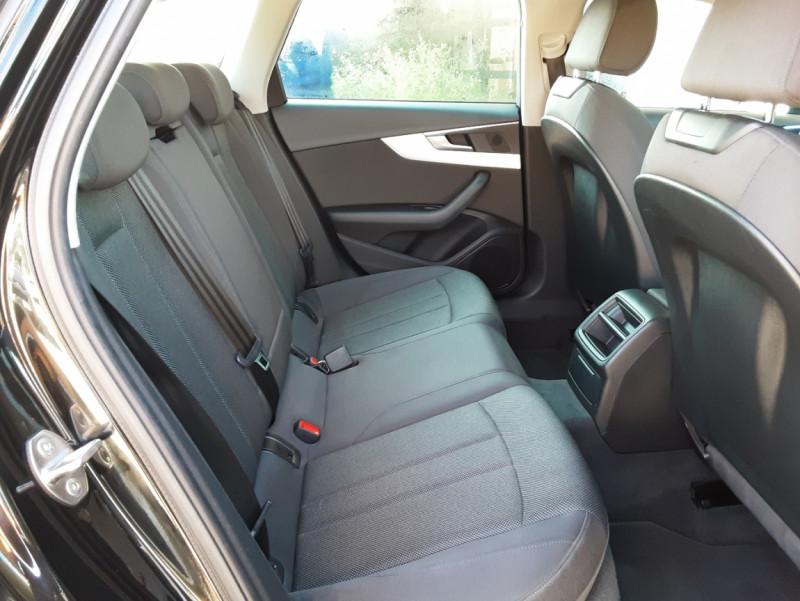 Photo 32 de l'offre de AUDI A4 Avant 2.0 TDI 150 Business Line à 20990€ chez Centrale Auto Marché Mussidan