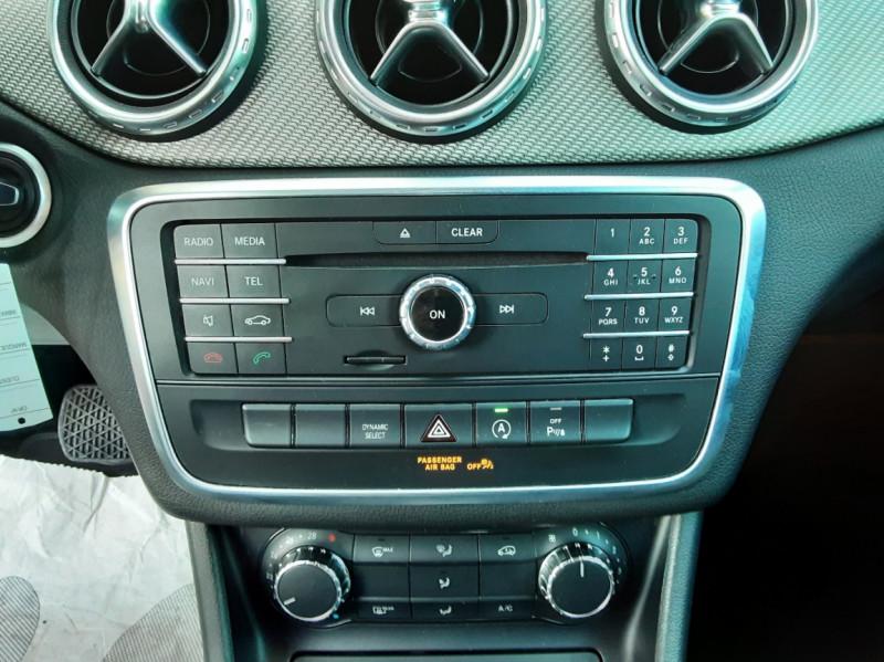 Photo 50 de l'offre de MERCEDES-BENZ CLASSE GLA 200 d Inspiration 7-G DCT A à 21800€ chez Centrale Auto Marché Mussidan