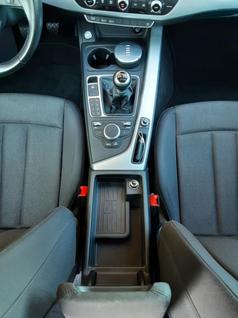 Photo 24 de l'offre de AUDI A4 Avant 2.0 TDI 150 Business Line à 20990€ chez Centrale Auto Marché Mussidan