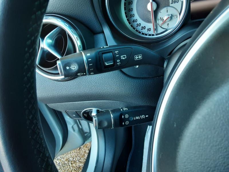 Photo 44 de l'offre de MERCEDES-BENZ CLASSE GLA 200 d Inspiration 7-G DCT A à 21800€ chez Centrale Auto Marché Mussidan