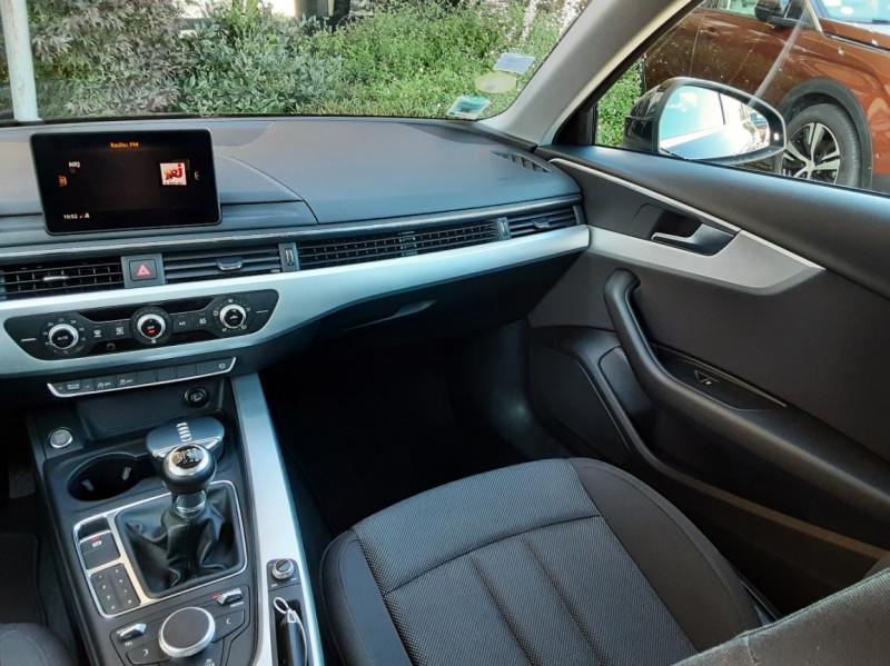 Photo 45 de l'offre de AUDI A4 Avant 2.0 TDI 150 Business Line à 20990€ chez Centrale Auto Marché Mussidan