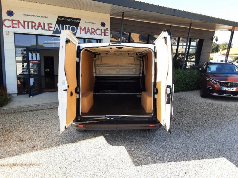 Photo 17 de l'offre de FIAT TALENTO L2H1 1.6 MULTIJET 95 PACK PRO NAV à 19490€ chez Centrale Auto Marché Mussidan