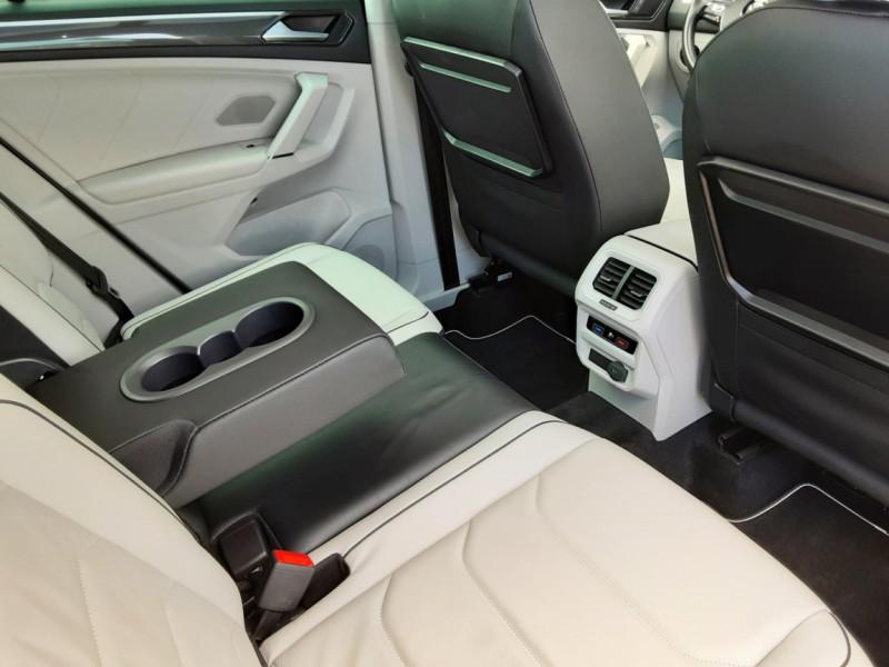 Photo 44 de l'offre de VOLKSWAGEN TIGUAN 2.0 TDI 150 BMT DSG7 4Motion Exclusive à 29900€ chez Centrale Auto Marché Mussidan