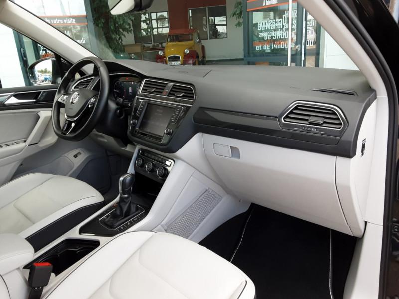 Photo 25 de l'offre de VOLKSWAGEN TIGUAN 2.0 TDI 150 BMT DSG7 4Motion Exclusive à 29900€ chez Centrale Auto Marché Mussidan