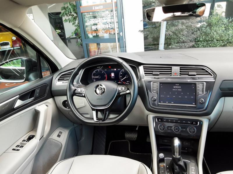 Photo 34 de l'offre de VOLKSWAGEN TIGUAN 2.0 TDI 150 BMT DSG7 4Motion Exclusive à 29900€ chez Centrale Auto Marché Mussidan