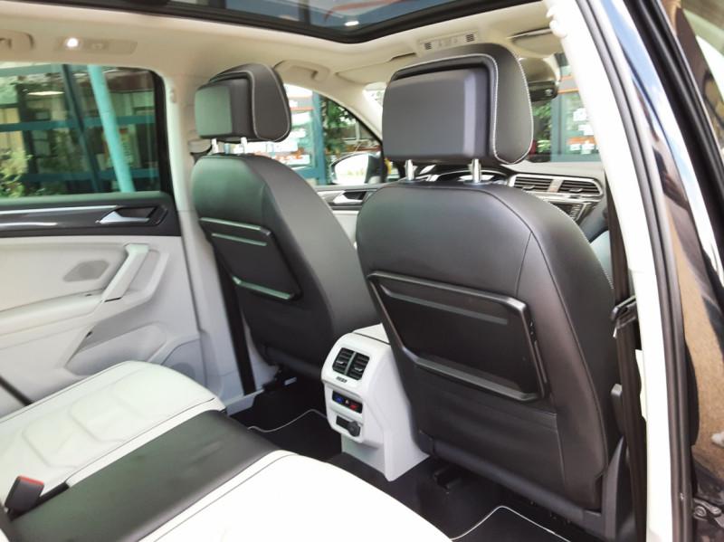 Photo 29 de l'offre de VOLKSWAGEN TIGUAN 2.0 TDI 150 BMT DSG7 4Motion Exclusive à 29900€ chez Centrale Auto Marché Mussidan