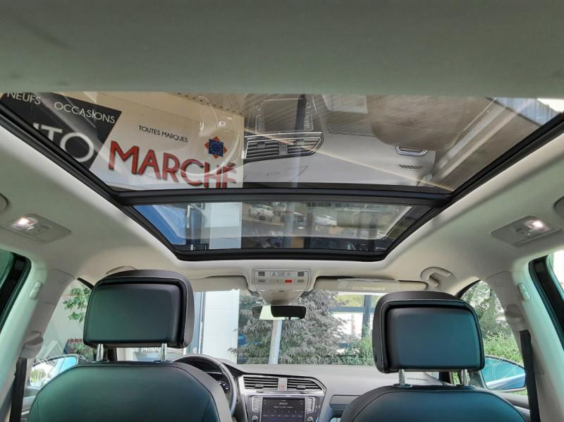 Photo 15 de l'offre de VOLKSWAGEN TIGUAN 2.0 TDI 150 BMT DSG7 4Motion Exclusive à 29900€ chez Centrale Auto Marché Mussidan
