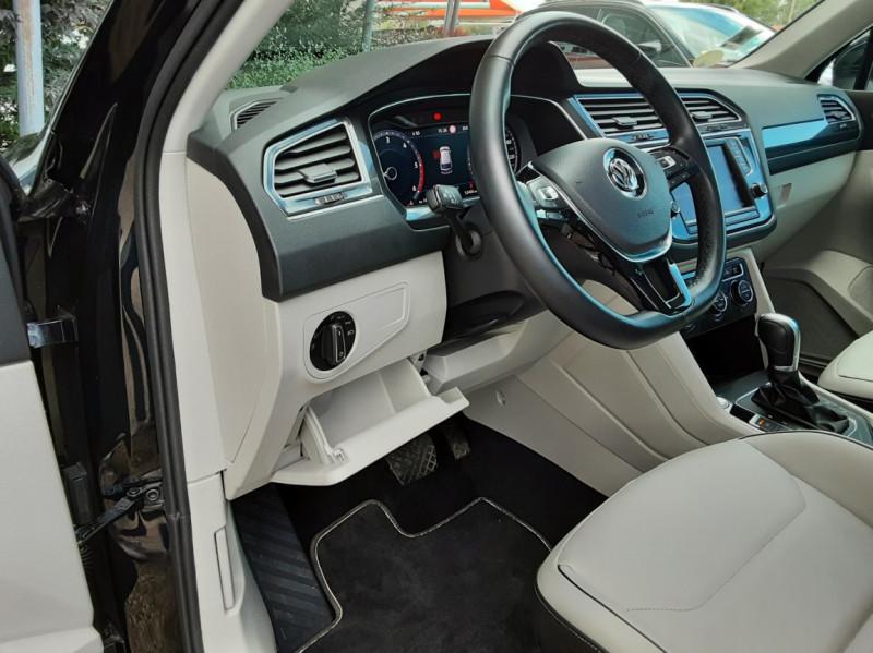 Photo 39 de l'offre de VOLKSWAGEN TIGUAN 2.0 TDI 150 BMT DSG7 4Motion Exclusive à 29900€ chez Centrale Auto Marché Mussidan